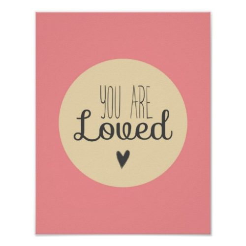 Póster infantil rosa minimalista 'You are loved' 'Eres querido' - Frente